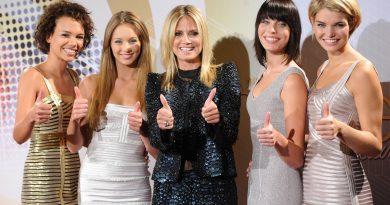 Heidi Klum mit den Finalistinnen von Germany's Next Topmodel 2012